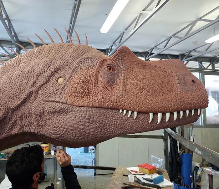 Volto del dinosauro